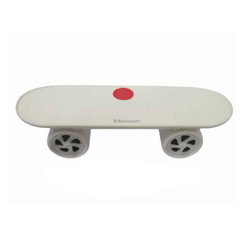 Boxa portabila model skateboard